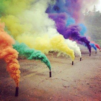 Smoke Bombs-1CT-0